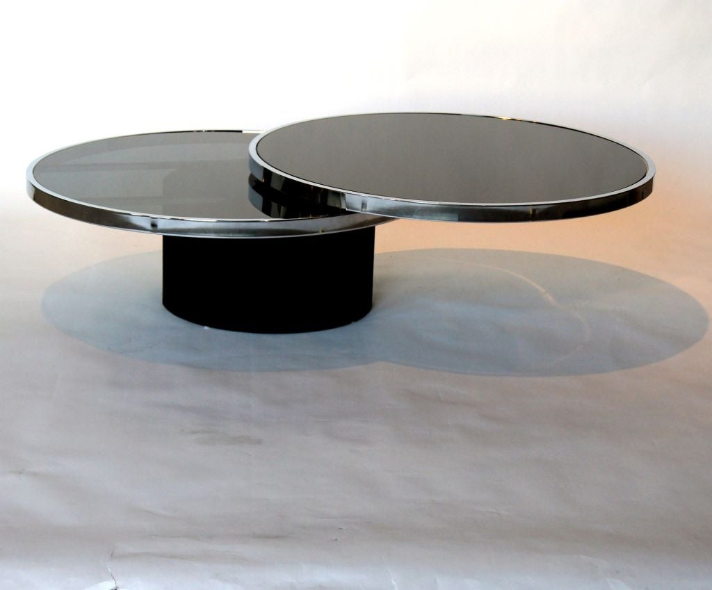 Italian 1970 39 S Swiveling Black Glass Top And Chrome Coffee Table At 1stdibs