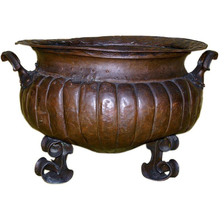 17th Century Italian Copper Wine Cooler For Sale