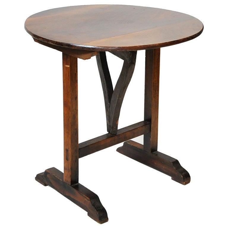 Petite vignon table at 1stdibs for Petites tables pliantes