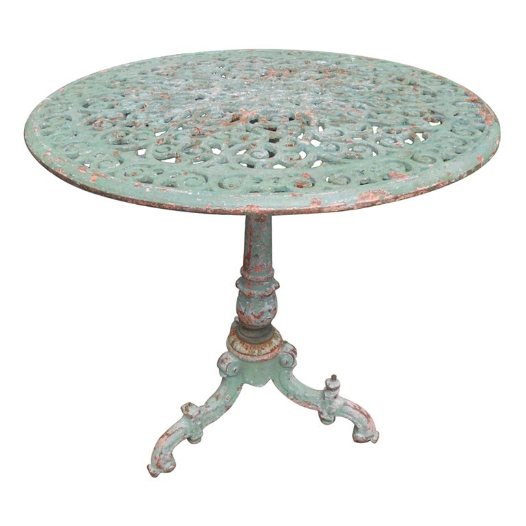 19th c italian cast iron garden table at 1stdibs Cast iron garden furniture