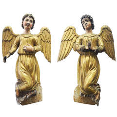 Pair of Early 18th Century Antique Italian Angels