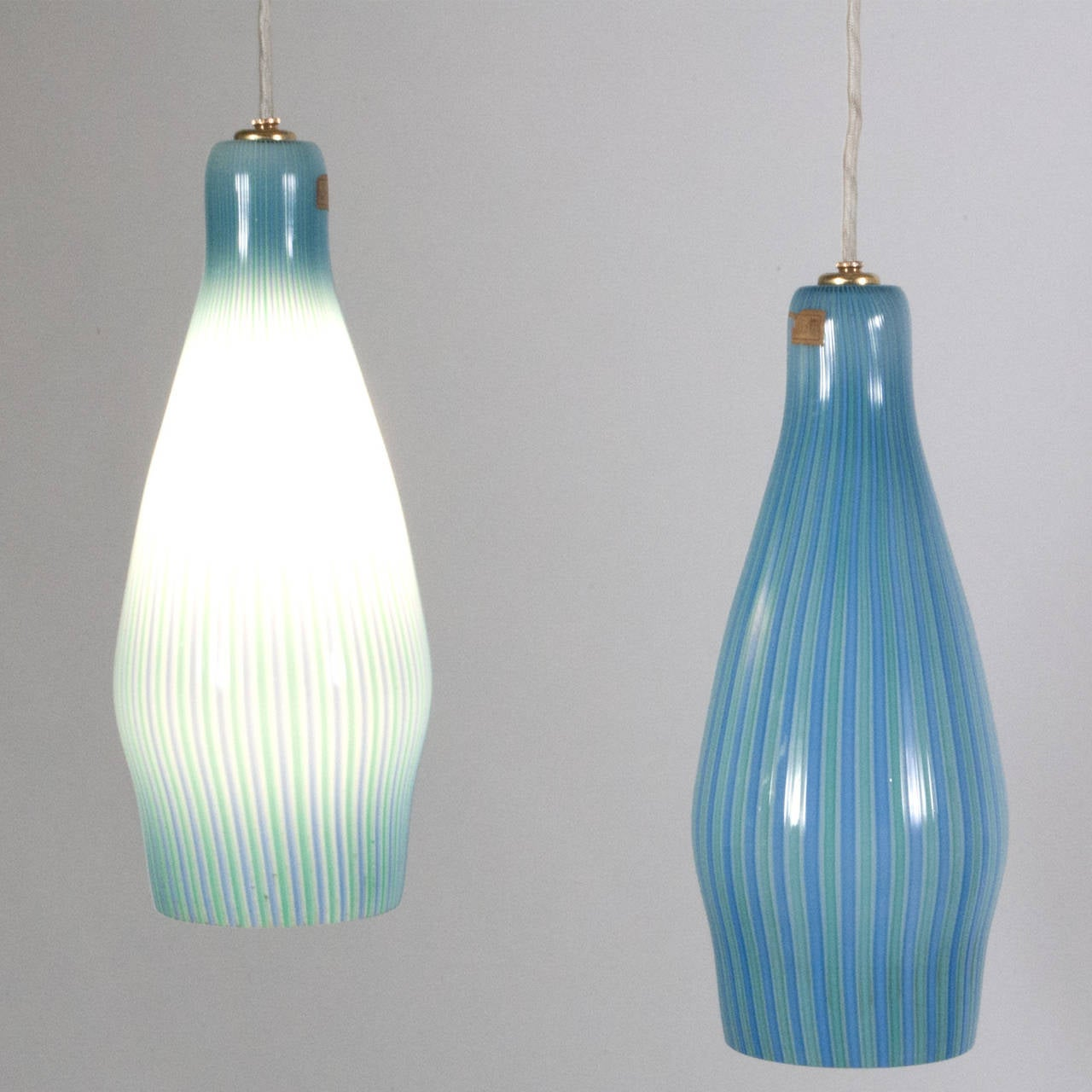 Mid-Century Modern Pair of Pendant Lamps by Venini For Sale