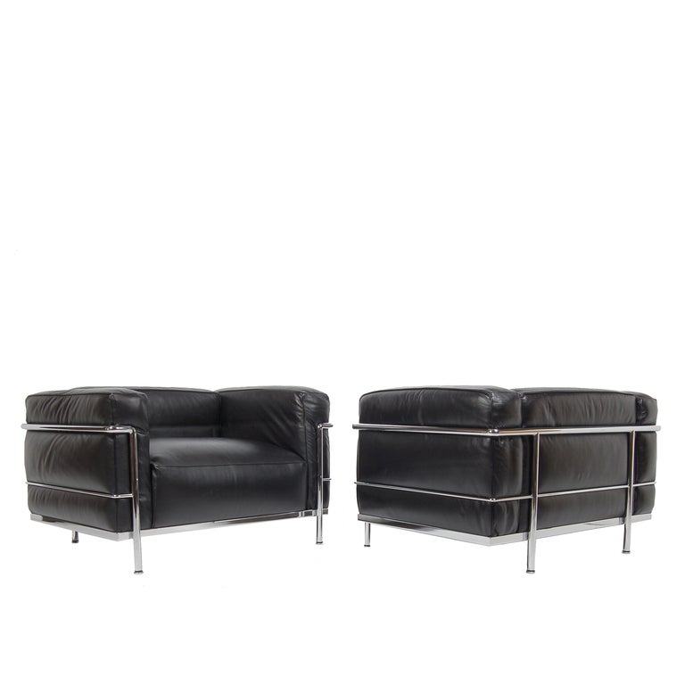 pair of lc 3 grand confort chairs by le corbusier at 1stdibs