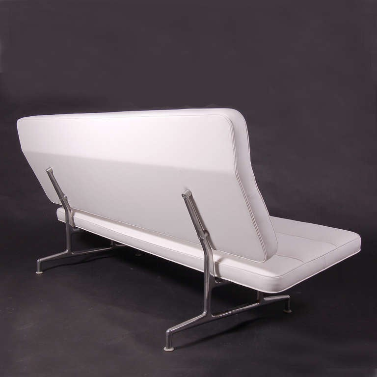 American Rare 3473 Sofa by Charles Eames For Sale