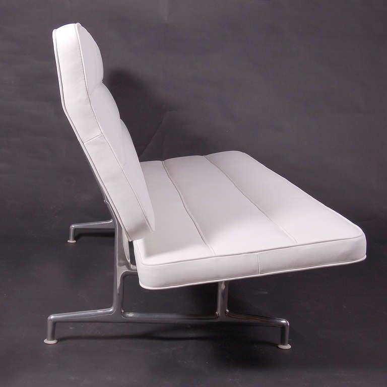 Rare 3473 Sofa by Charles Eames 3