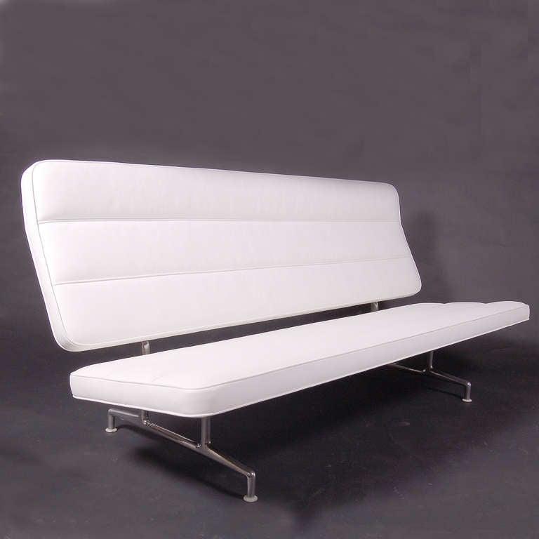 Rare 3473 Sofa by Charles Eames 2