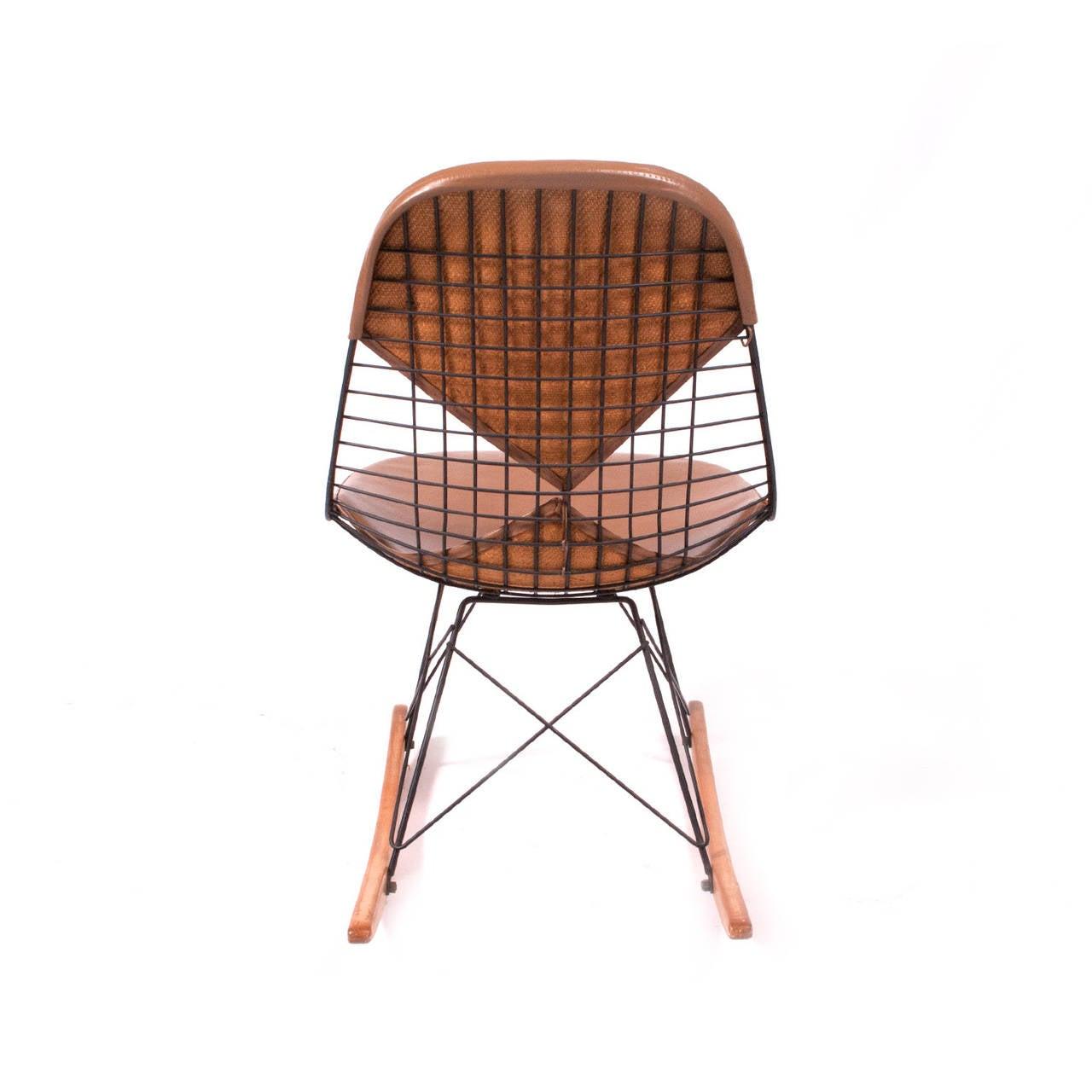 rkr charles eames rocker chair original at 1stdibs. Black Bedroom Furniture Sets. Home Design Ideas