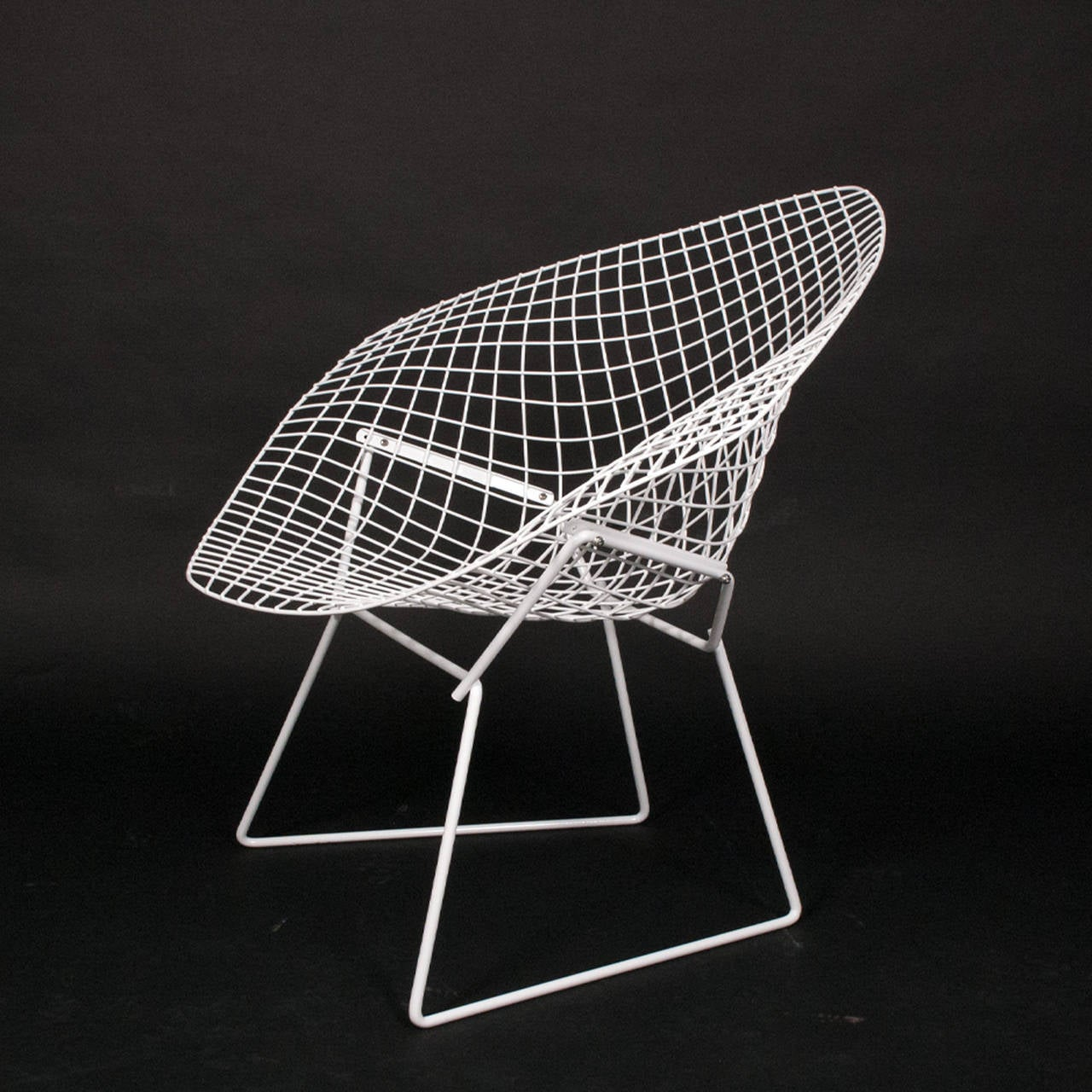 only three little diamond chairs by harry bertoia for. Black Bedroom Furniture Sets. Home Design Ideas