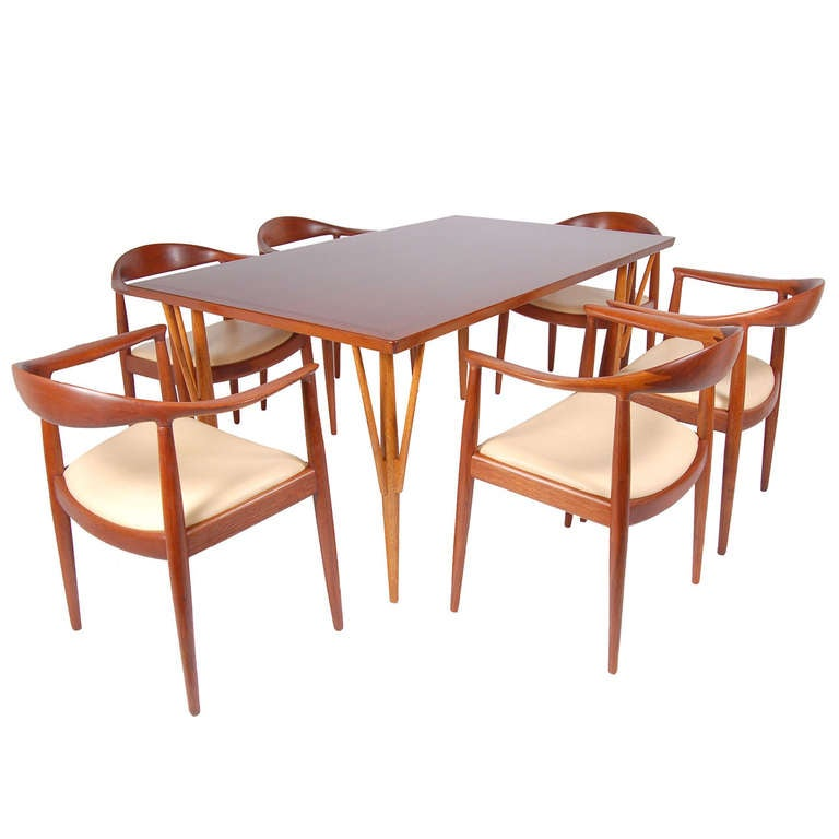 Rare Dining Table By Hans Wegner With Six Classic Chairs