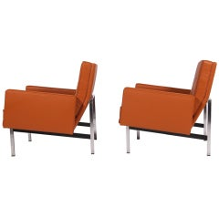 Pair of Florence Knoll Parallel Bar Lounges