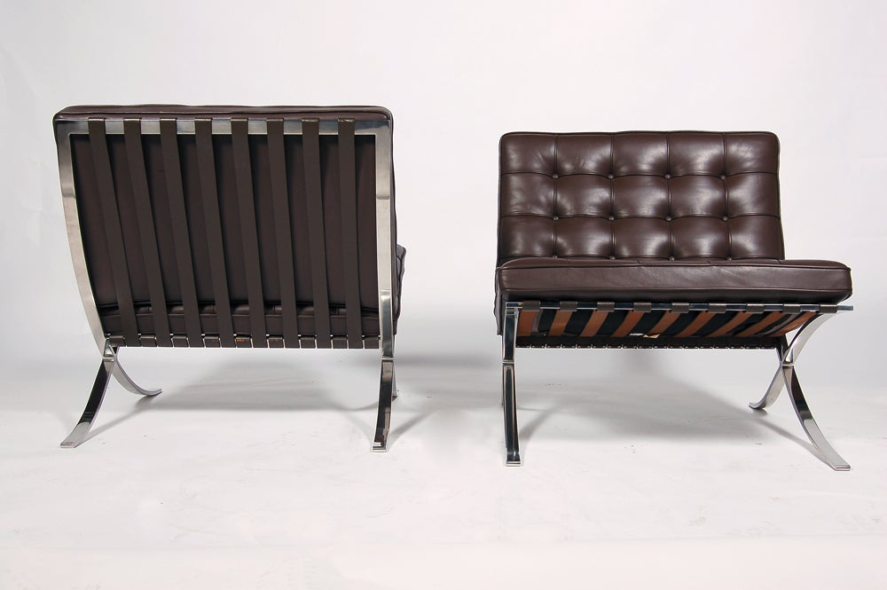 this pair of knoll barcelona chairs is no longer available
