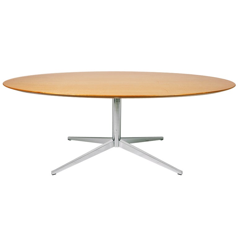 table desk by florence knoll at 1stdibs. Black Bedroom Furniture Sets. Home Design Ideas