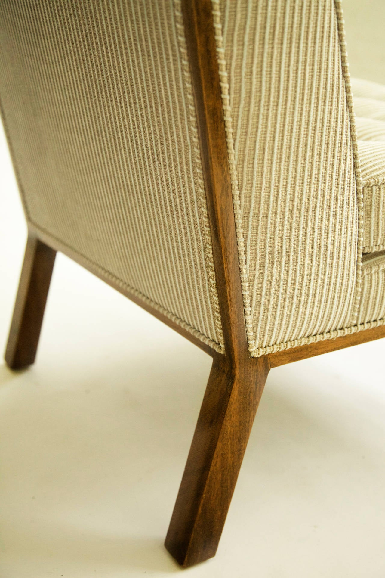Harvey Probber Pair Of Lounge Chairs At 1stdibs