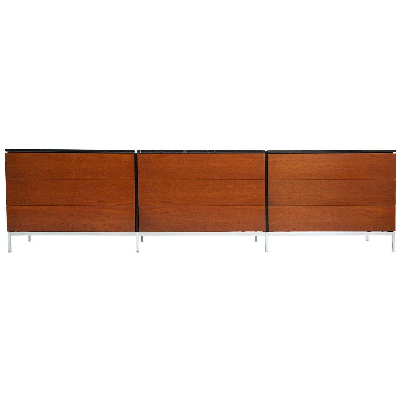 Florence Knoll Dresser Set