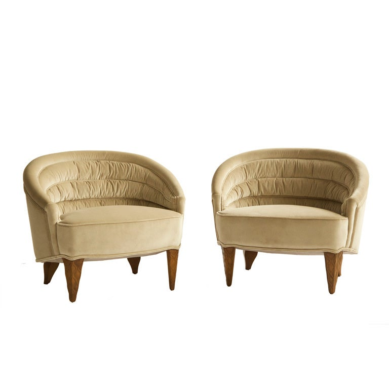 Famechon Sofa With Channeled Back And Seat Walnut Legs: XXX_IMG_0599.jpg