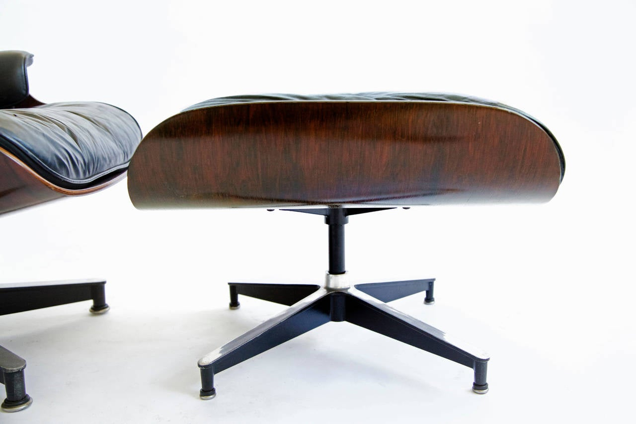 Eames 670 Lounge Chair and Ottoman at 1stdibs