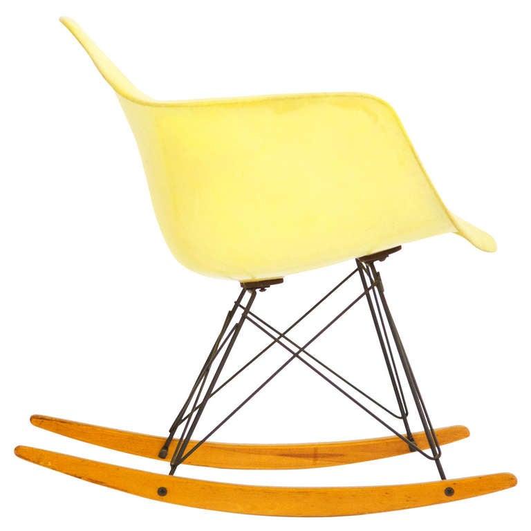 charles eames early rocker at 1stdibs. Black Bedroom Furniture Sets. Home Design Ideas