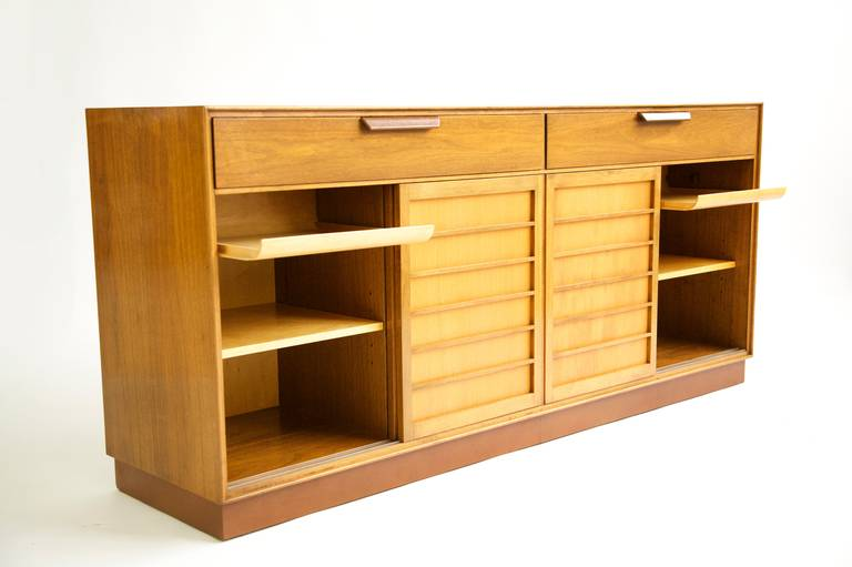 Edward Wormley Sideboard In Excellent Condition For Sale In Chicago, IL