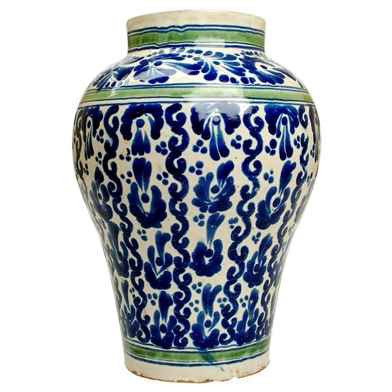 A Large and Impressive Blue on White Talavera Poblana  : XXXtalaverapoblana120detail3 from www.1stdibs.com size 768 x 768 jpeg 100kB