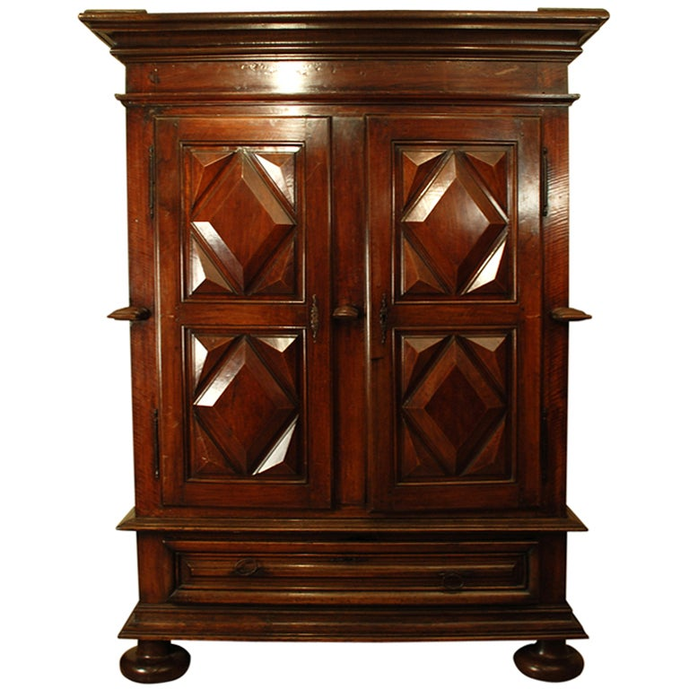 grand period louis xiv walnut armoire at 1stdibs. Black Bedroom Furniture Sets. Home Design Ideas