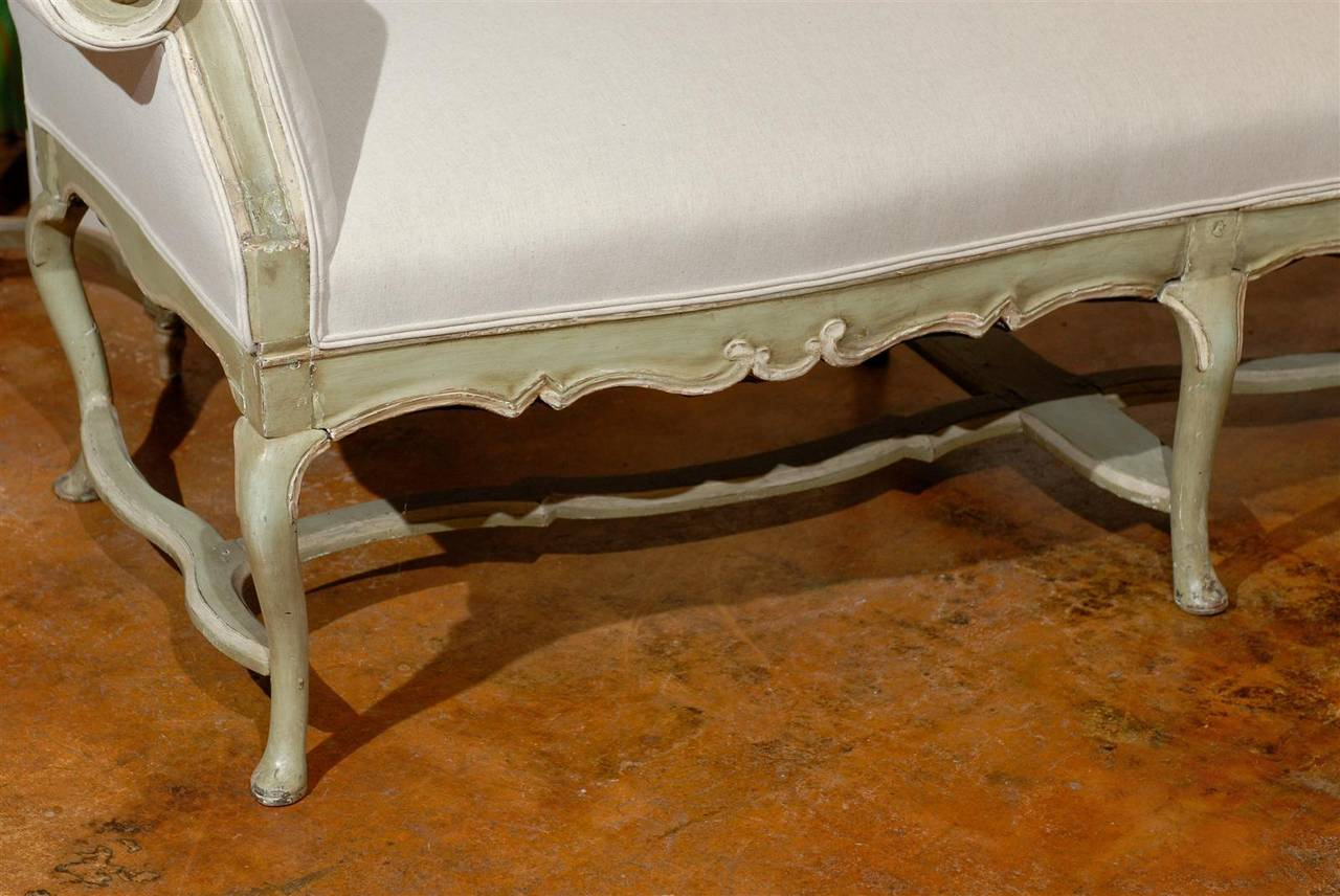 Italian Rococo 18th Century Long Bench with Scrolled Arms and Carved Apron 9
