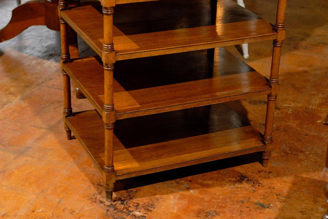 Italian 19th Century Walnut Tiered Étagère with Pierced Gallery and Shelves For Sale 5