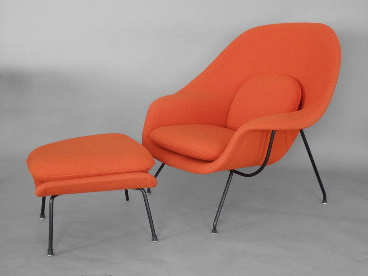 Knoll womb chair - Saarinen For Knoll Womb Chair With Ottoman 3