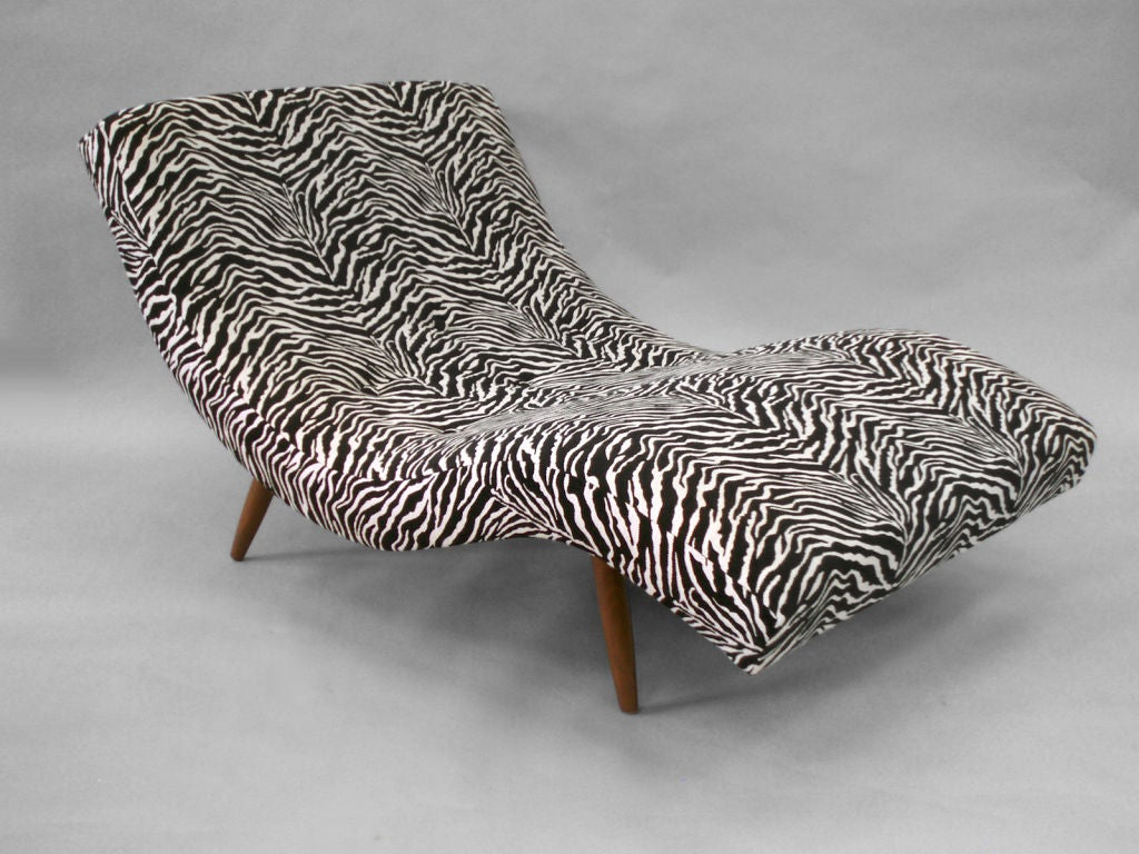 S curved partners chaise lounge by adrian pearsall for for Animal print chaise