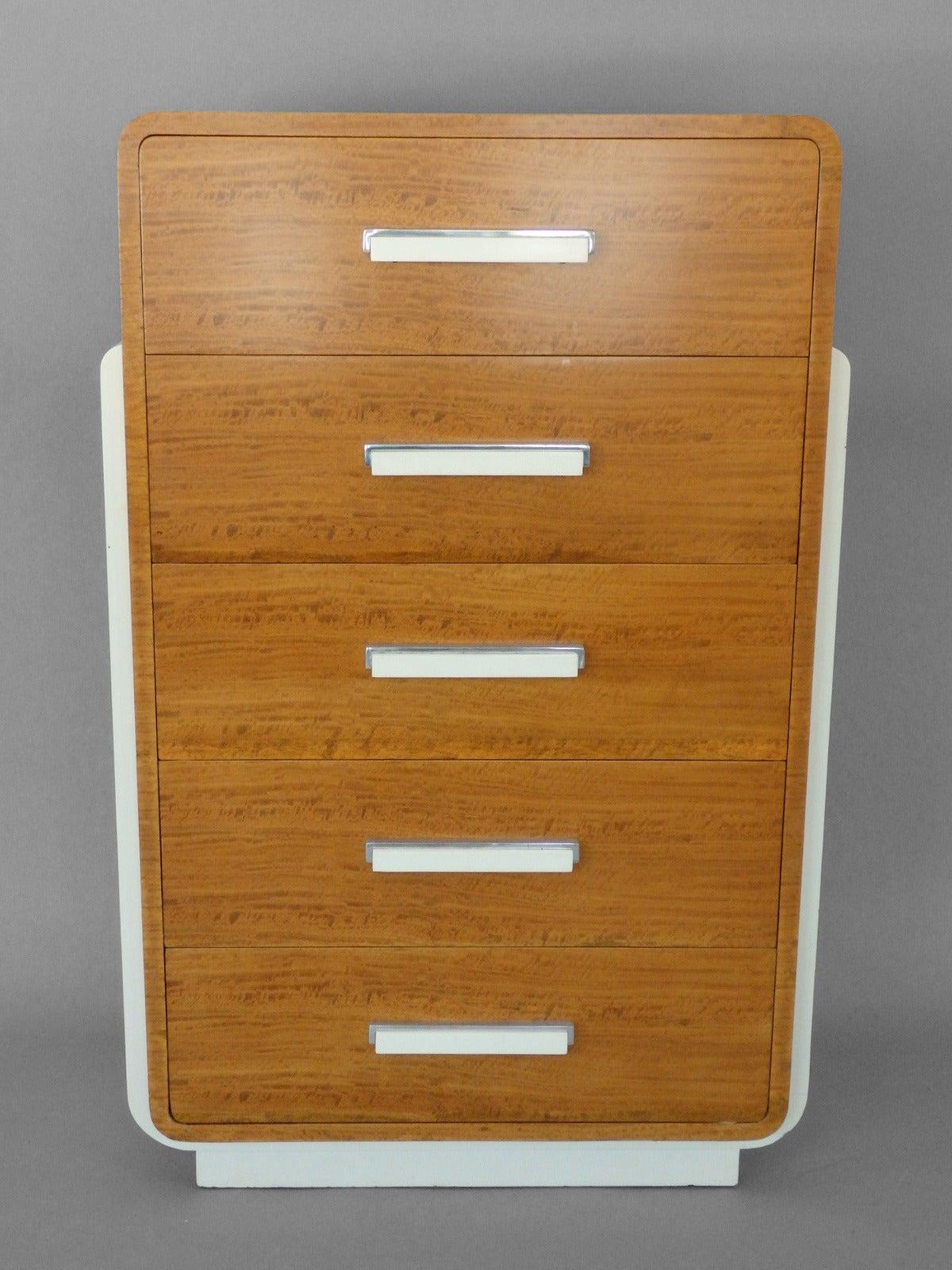 rare donald deskey american art deco moderne chest for sale at 1stdibs. Black Bedroom Furniture Sets. Home Design Ideas