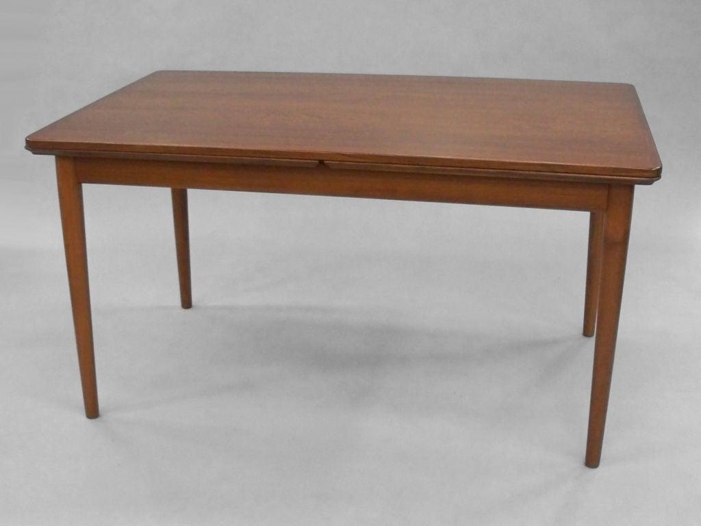 Teak Dining Table in the Style of Hans J Wegner For Sale at 1stdibs