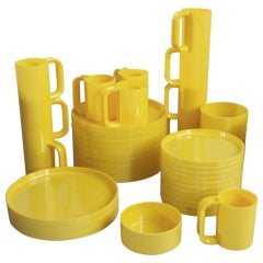 Plastic Dish Set by Massimo Vignelli for Heller