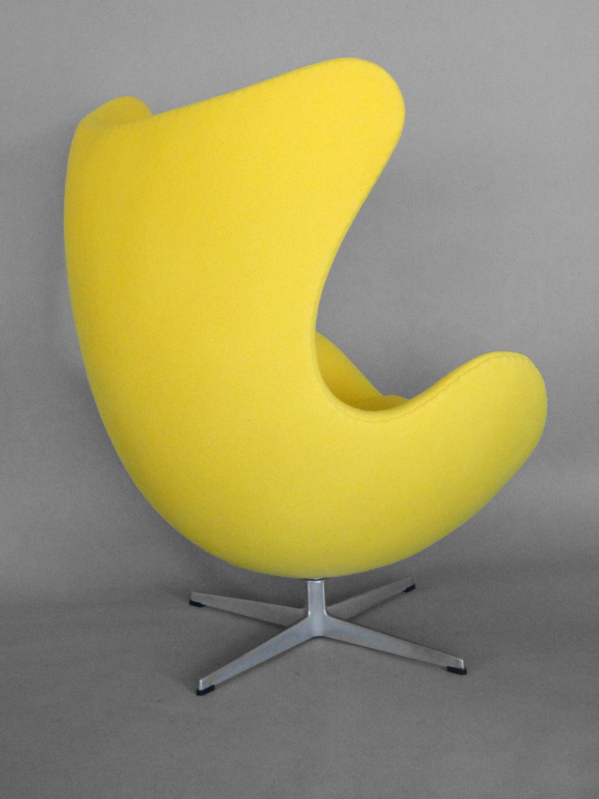 Danish Properly Restored Arne Jacobsen Egg Chair For Sale