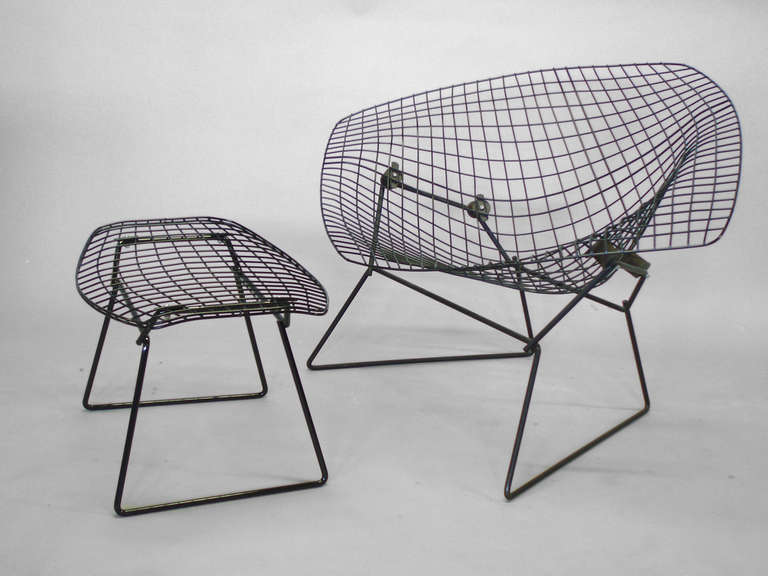 diamond chair with rocking action by harry bertoia at 1stdibs. Black Bedroom Furniture Sets. Home Design Ideas