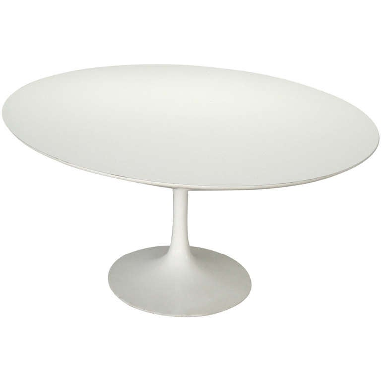 Large white oval dining table by eero saarinen for knoll at 1stdibs - Oval saarinen dining table ...