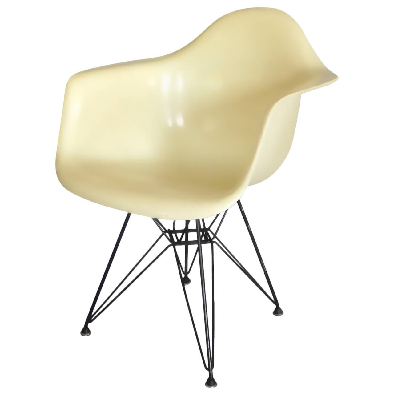 Early Large Biscuit Eames Zenith Ivory DAR Fiberglass Chair On Eiffel Tower  Base 1