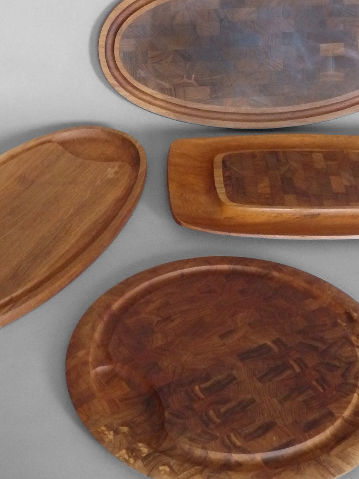 Collection of Dansk Teak Rosewood Cutting Board Trays In Excellent Condition For Sale In Ferndale, MI