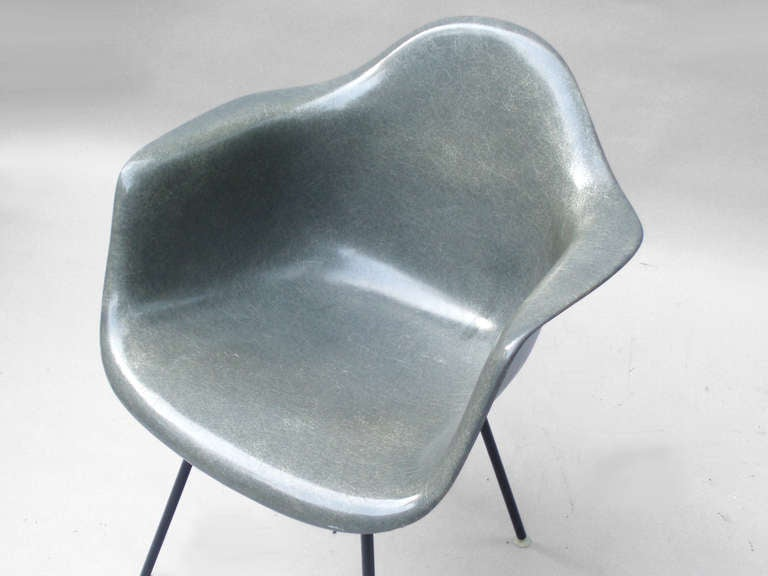 Mid 20th Century Dark Gray Fiberglass Chair By Charles And Ray Eames For Herman  Miller