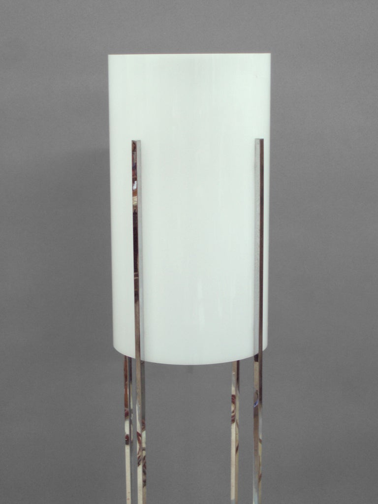 Architect inspired chrome base floor lamp with lucite for Floor lamp with cylinder shade