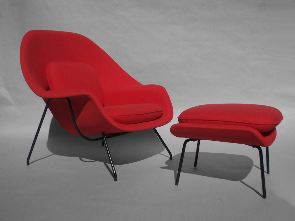 womb chair and ottoman by eero saarinen at 1stdibs. Black Bedroom Furniture Sets. Home Design Ideas