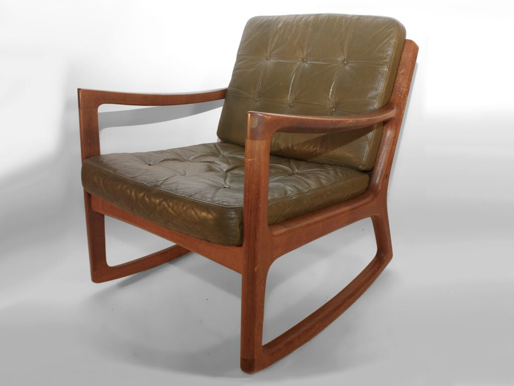 Ole Wanscher for France and Daverkosen Rocker with nice original leather cushions - original finish Teak