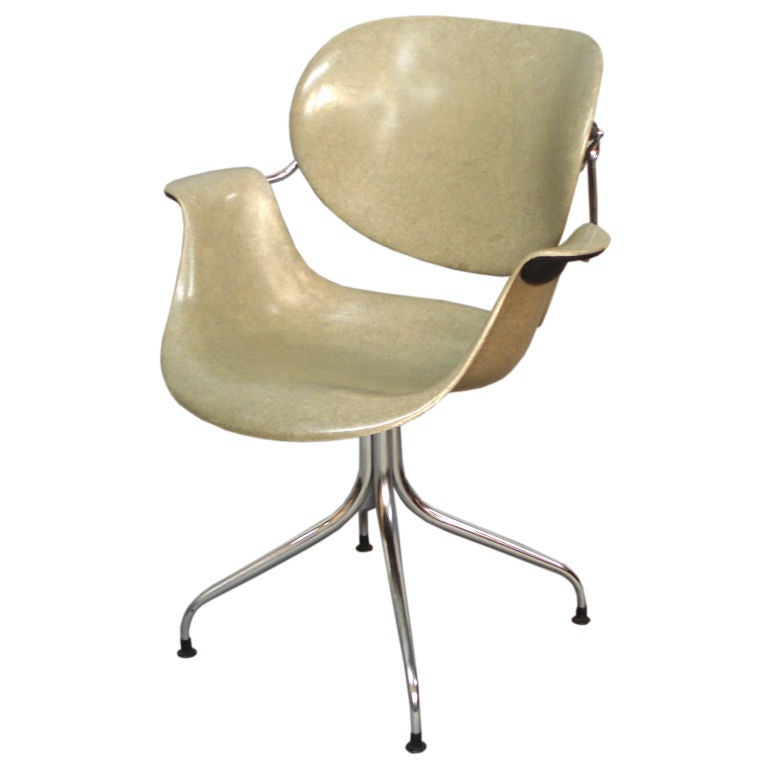 Chrome, Steel And Fiberglass Swag Leg Chair By George Nelson 1
