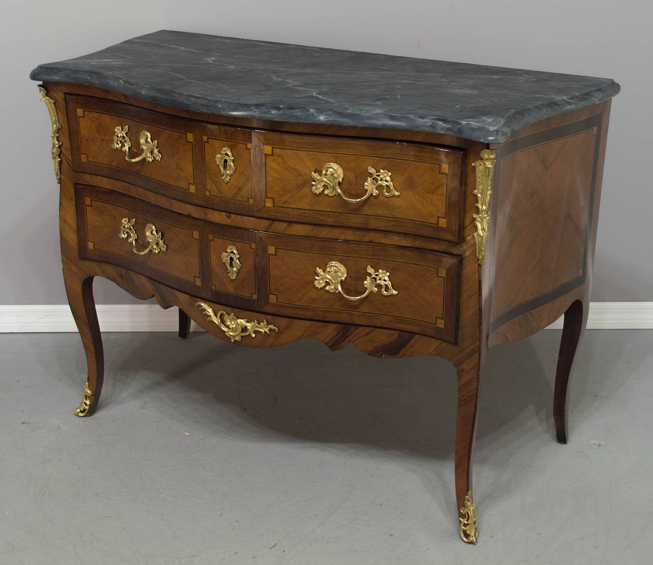 18th Century Louis Xv Commode Or Chest Of Drawers For Sale