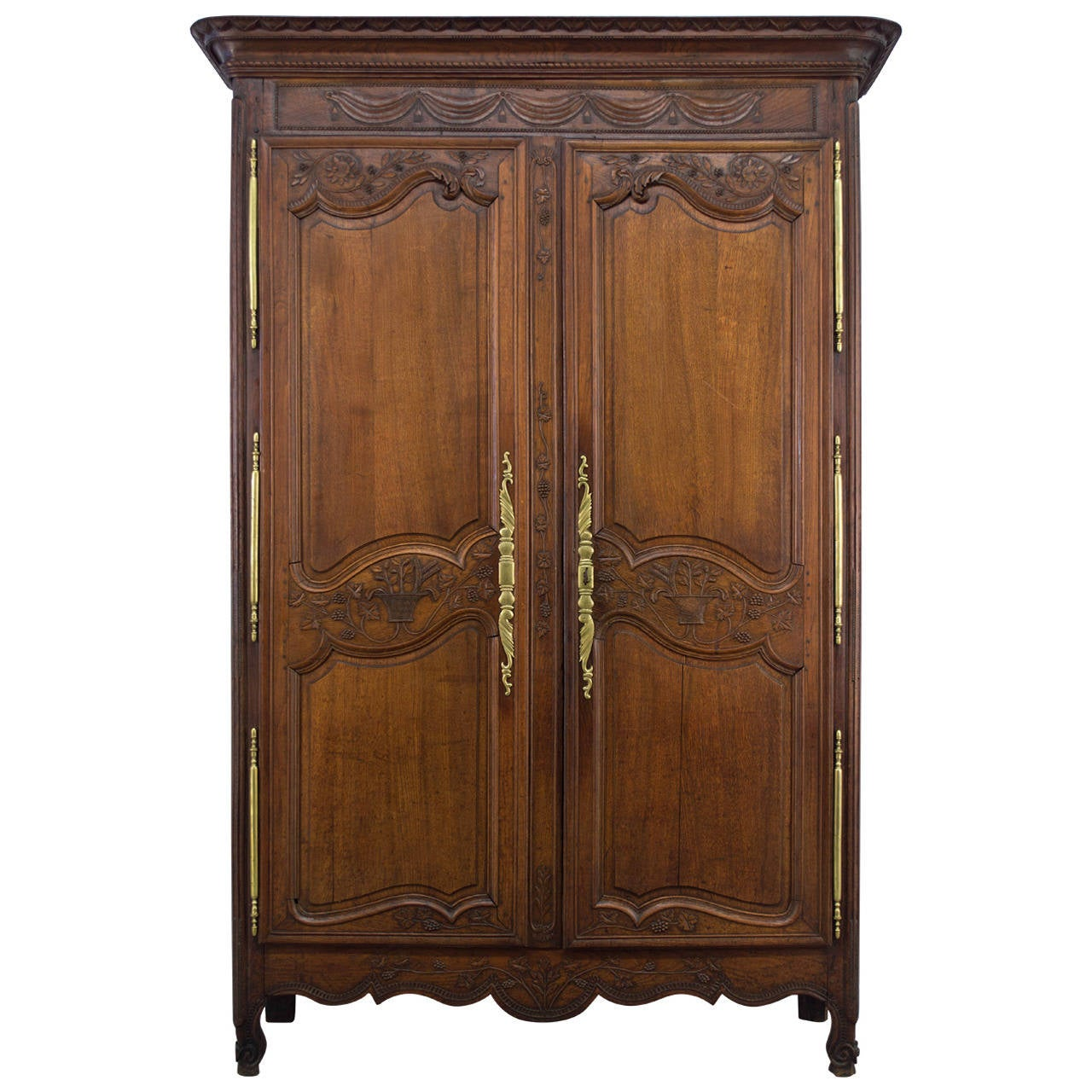 18th century french country armoire at 1stdibs. Black Bedroom Furniture Sets. Home Design Ideas