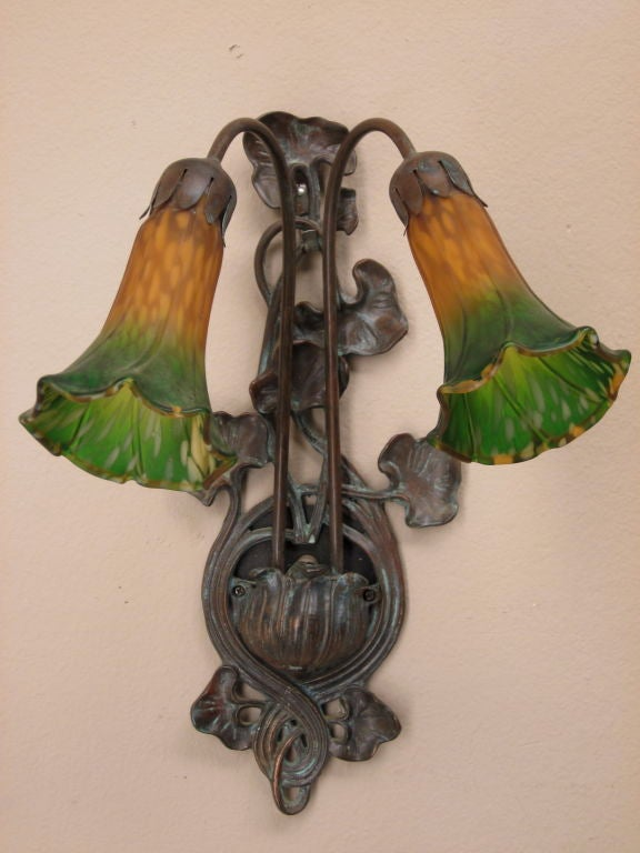 french art deco wall applique at 1stdibs. Black Bedroom Furniture Sets. Home Design Ideas