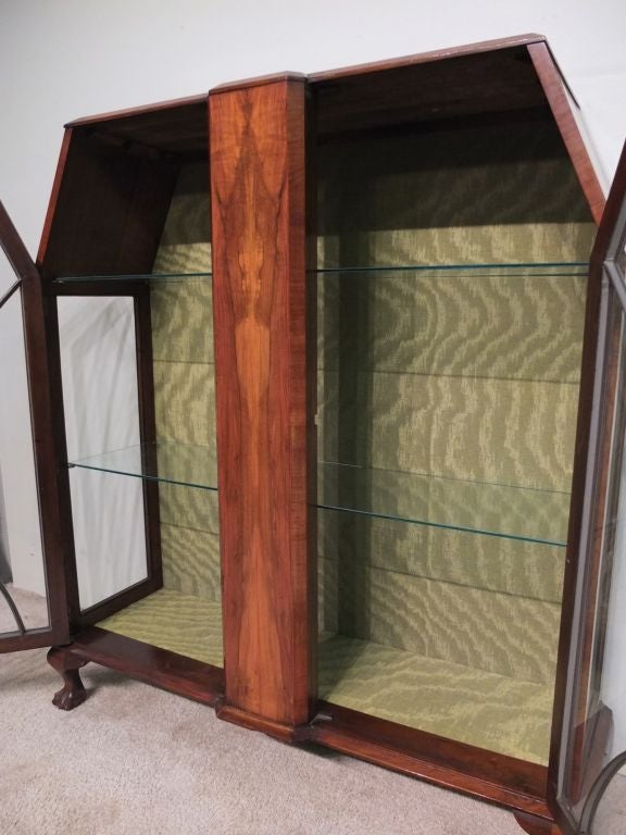 Mid-20th Century Art Deco Display Cabinet or Vitrine For Sale