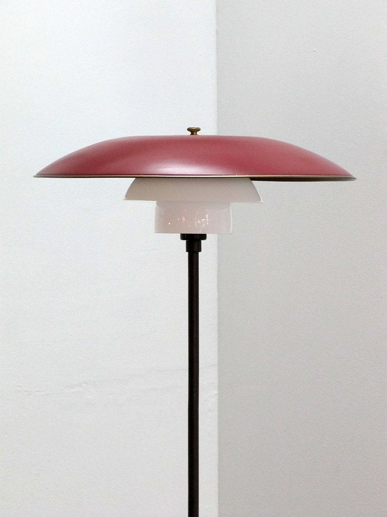 poul henningsen floor lamp for sale at 1stdibs. Black Bedroom Furniture Sets. Home Design Ideas