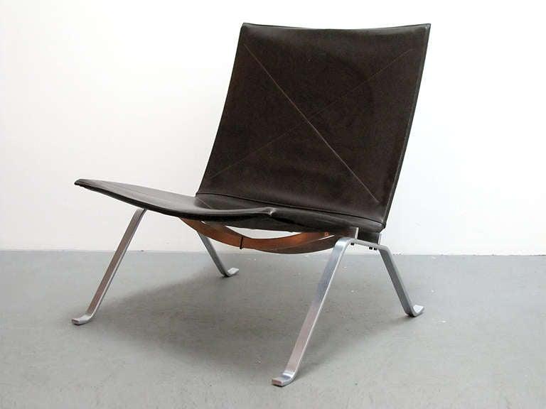 Pair Of Poul Kjaerholm PK22 Chairs At 1stdibs