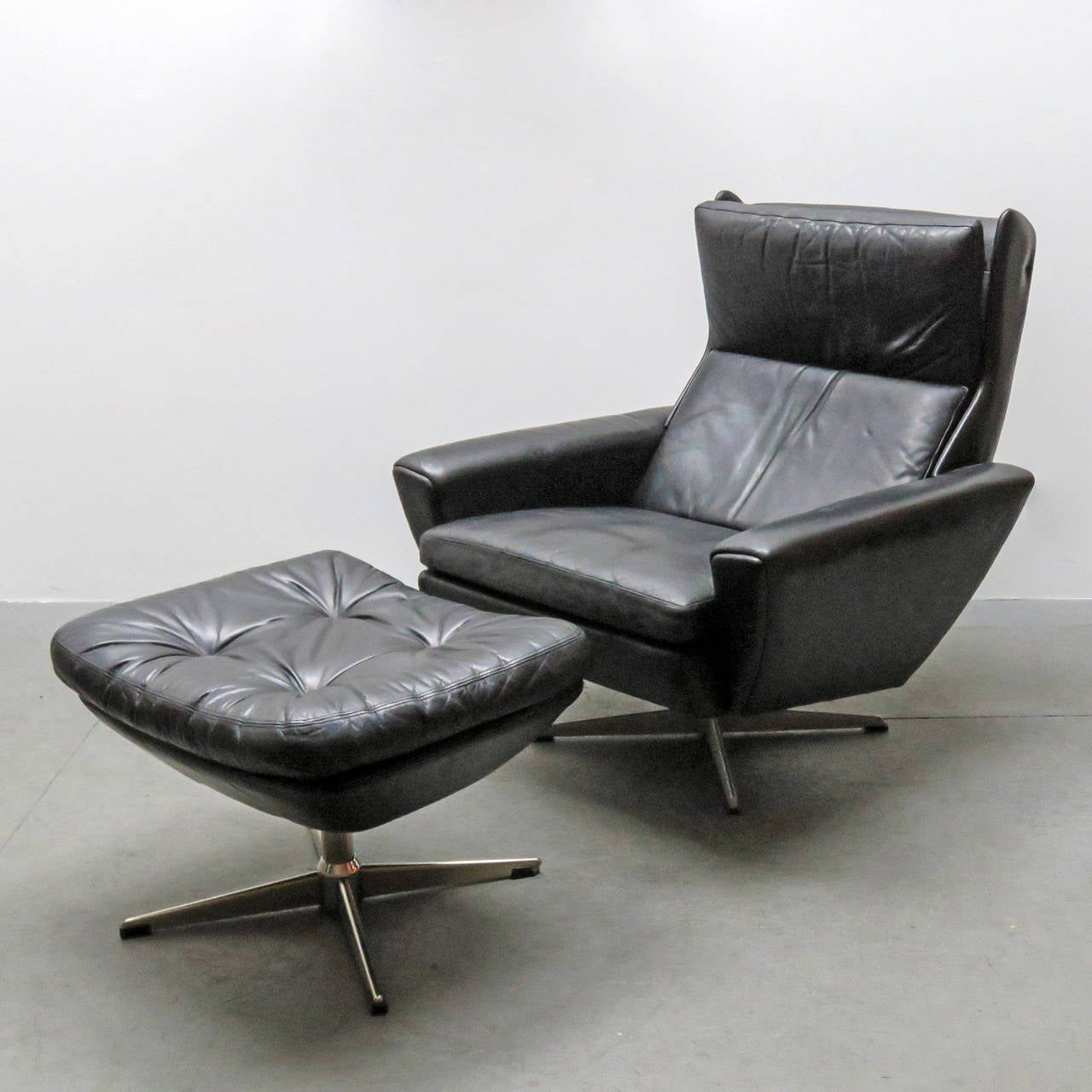 Georg Thams Leather Lounge Chair With Ottoman At 1stdibs