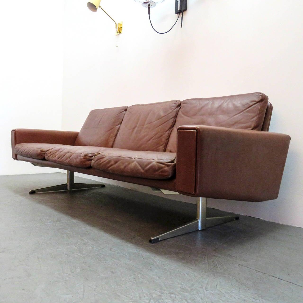 Danish leather sofa best danish leather sofa sold mogens for Scandinavian sofa