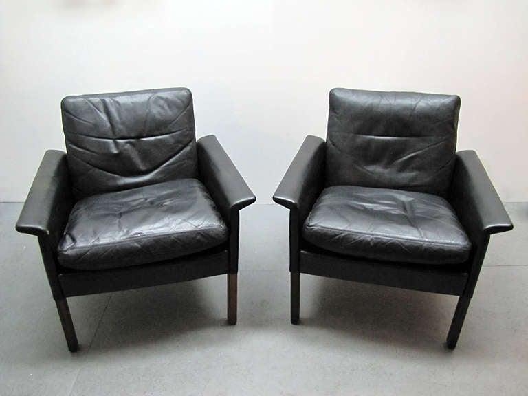 Hans Olsen Club Chairs 8
